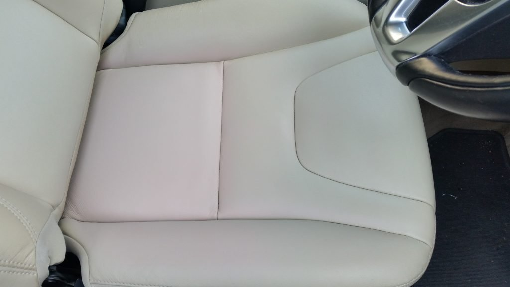 volvo v60 seat scratch after